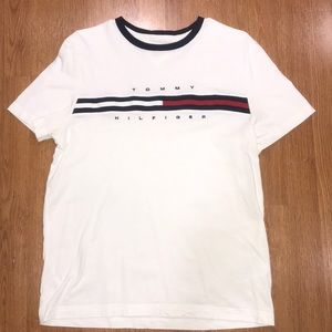 Tommy Hilfiger Shirts - Tommy Hilfiger Chest Logo T-Shirt
